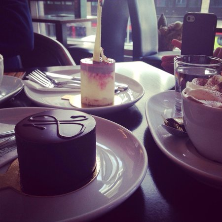 Rausch Schokoladenhaus : Dessert and hot chocolate
