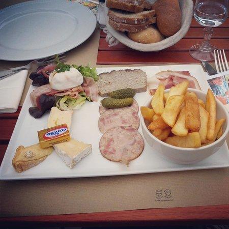 Brasserie d'en face: Assiette normanno