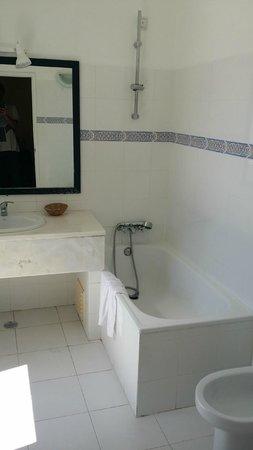 Residencial Florescente: Baño