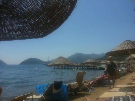 Ideal Prime Beach: The beach behind the hotel.