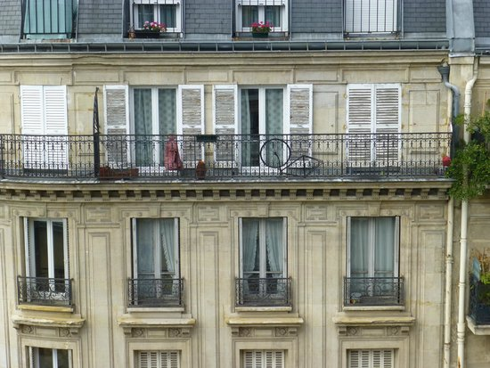 Paris France Hotel: View from Room 2