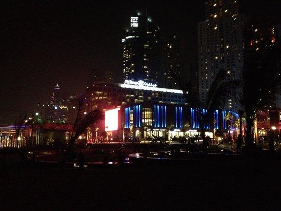 Hilton Dubai Jumeirah Beach : Hilton)
