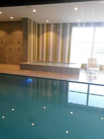 Domein Westhoek : zwembad/relax