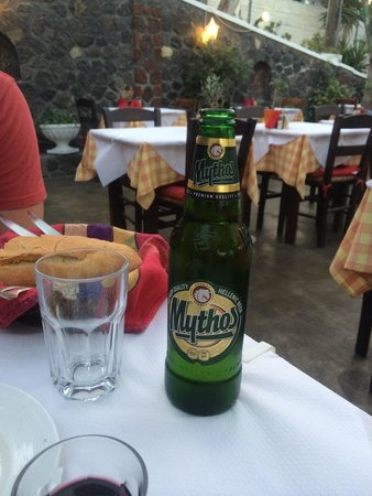 Mama's House: Mythos beer