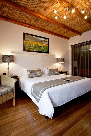 Oakhurst Hotel: Guest Rooms