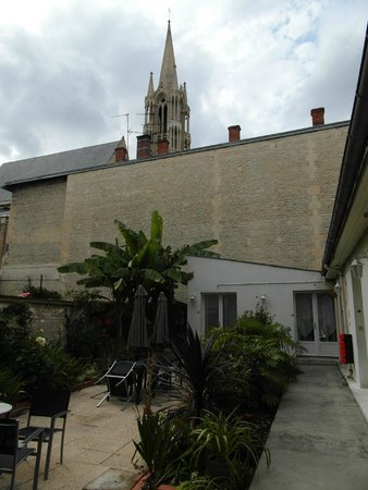 Hôtel François d'Ô : Il terrazzo interno sul quale si affacciano le camere