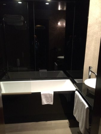 Vincci Palace Valencia: bagno