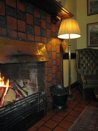 Ballynahinch Castle Hotel : CAMINO ALL'INGRESSO
