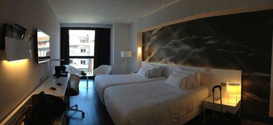 NH Collection Villa de Bilbao: camera seconda notte