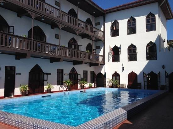 Tembo House  Hotel & Apartments: the hitel