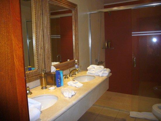 Anahi Boutique Hotel: Badezimmer