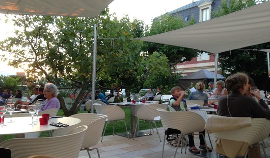 Hotel de Silhouette : jardin terrasse du restaurant