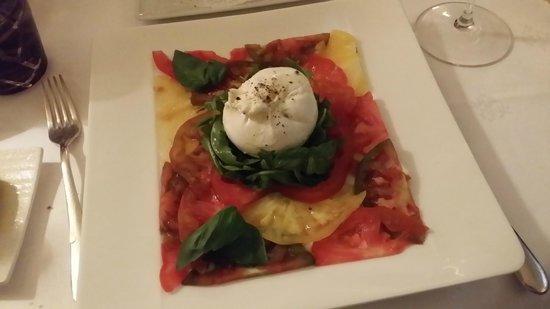 Mantel: Tomato Carpaccio