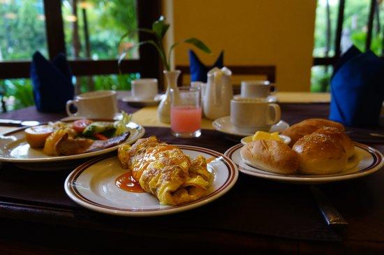 Angkor Paradise Hotel: 朝食