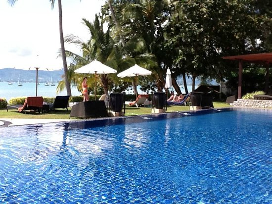 Cloud19 Beach Retreat: la piscine