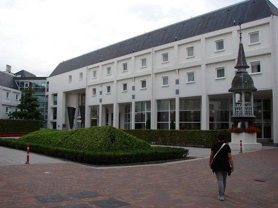 Novotel Brugge Centrum : L'esterno
