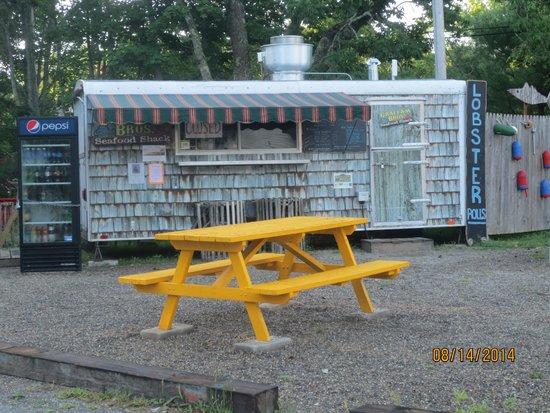 Graffam Bros Seafood Shack: shack