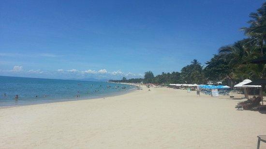 Pavilion Samui Villas & Resort : Resort beach Lamai