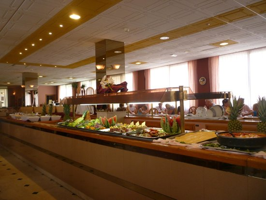 Parasol Garden: All Inclusive Buffet