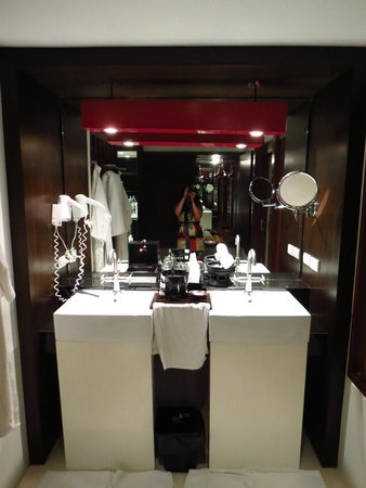 Pavilion Samui Villas & Resort: Bathroom