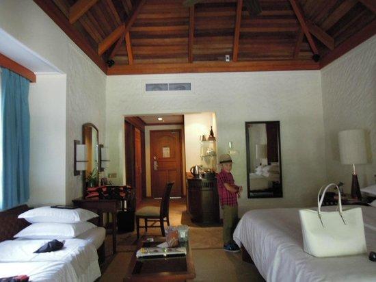 Sheraton Maldives Full Moon Resort & Spa: Our cottage