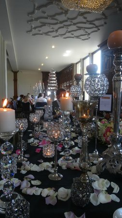 Saddleworth Hotel: View of the top table
