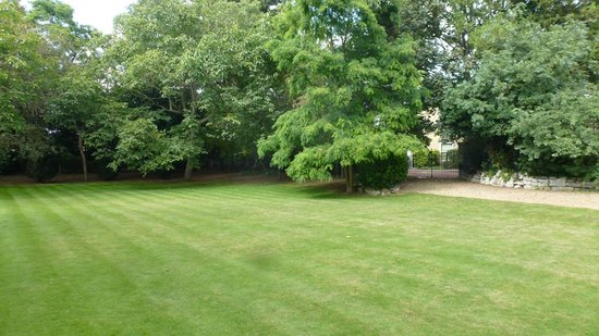 The Gonville Hotel : Hotel grounds