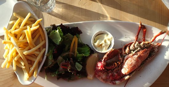 Shell Bay Seafood Restaurant: lobster a la Shell Bay