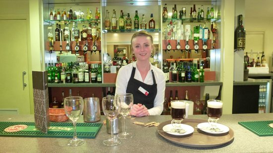 The Gonville Hotel: Main Hotel Bar
