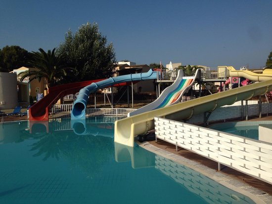 Aquis Sandy Beach Resort: Slides