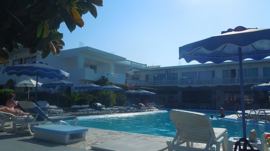 Loutanis Hotel: pool