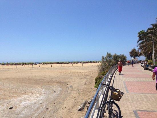 Oasis Maspalomas: playa de maspalomas