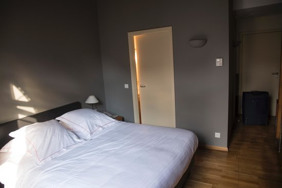 Ghent River Hotel: double room with a river view