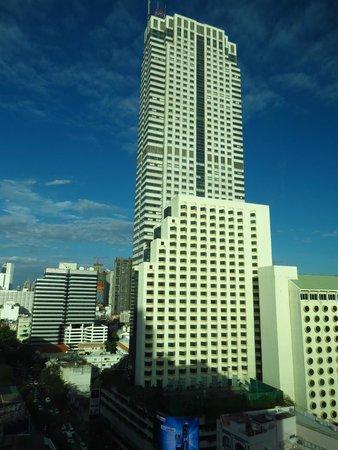 Novotel Bangkok Fenix Silom: view from the room 1711