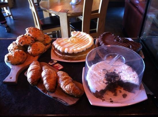 Active Cafaidh : cakes