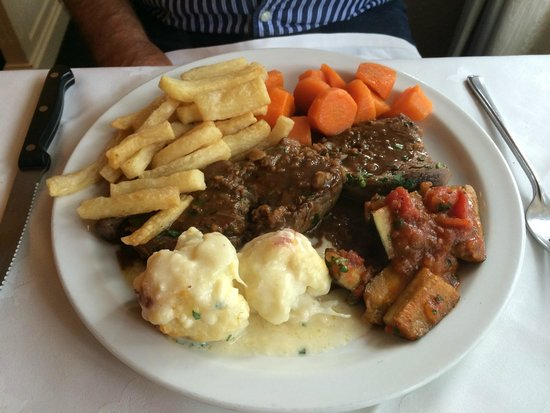 Alvaro's Portuguese Restaurant: Steak
