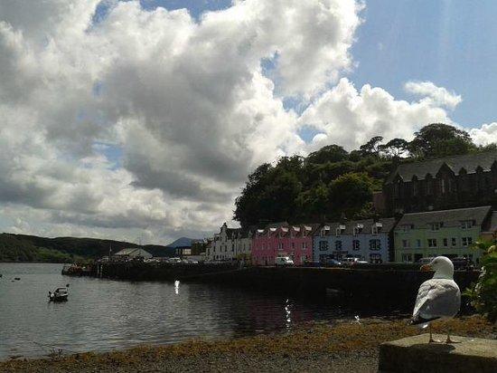 Viajar Por Escocia Tours en Español: Portree, la capital de Skye