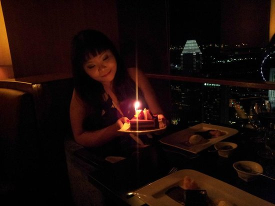 Swissotel The Stamford Singapore: Happy Birthday to me :) @ Equinox