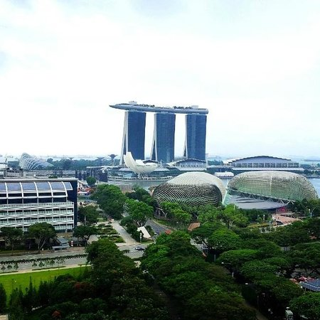 Swissotel The Stamford Singapore: View from Grand Room 1870