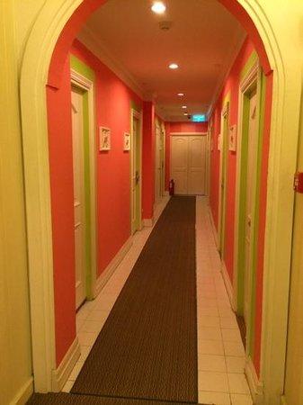 Salil Hotel Sukhumvit Soi 8: Floor