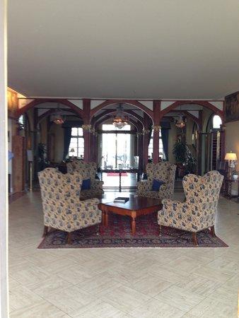 Grand Hotel Saltsjobaden: The lobby