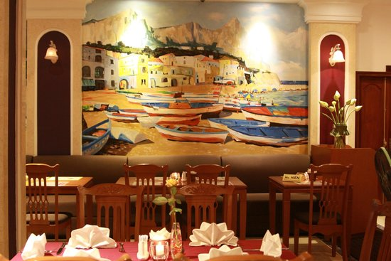 Santa Barbara Hotel: Capri Island
