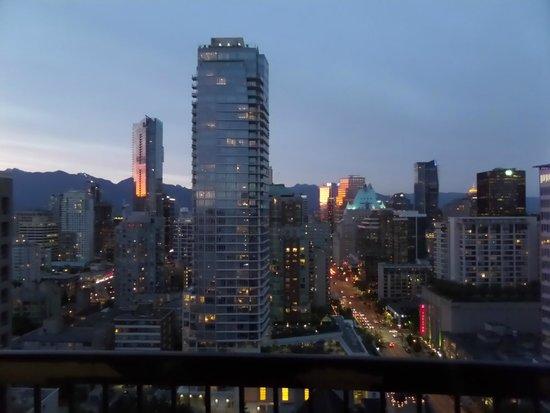 Century Plaza Hotel & Spa: Sunset