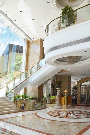 Regal Hongkong Hotel: Hotel Lobby
