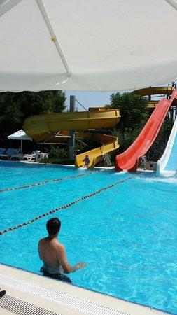 Kervansaray Hotel Kundu : Granddaughters first holiday abroad
