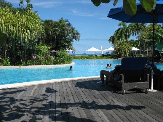 Shangri-La's Rasa Ria Resort & Spa: View of the Garden Wing Pool