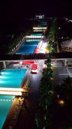 Kervansaray Hotel Kundu : View at night from hotel room 7th floor