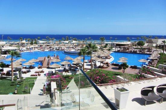 Coral Sea Sensatori - Sharm El Sheikh: View of main pool from Lobby Bar terrace