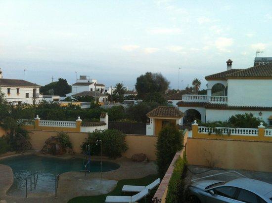Hotel Arohaz: PISCINA