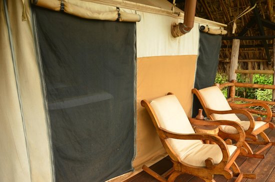 Crater Forest Tented Lodge: Deck with rocking chairs